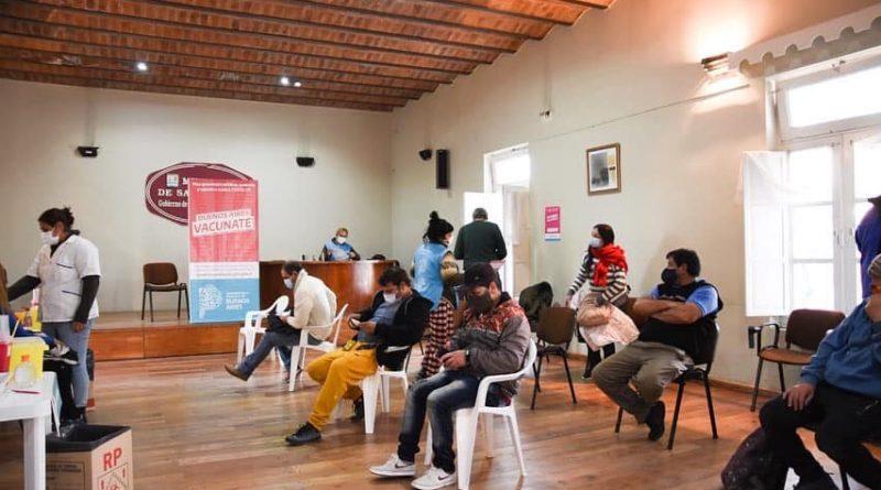 San Vicente: CONTINÚA LA CAMPAÑA DE VACUNACIÓN CONTRA EL VIRUS COVID-19.